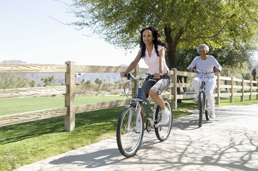 biking for knee pain image